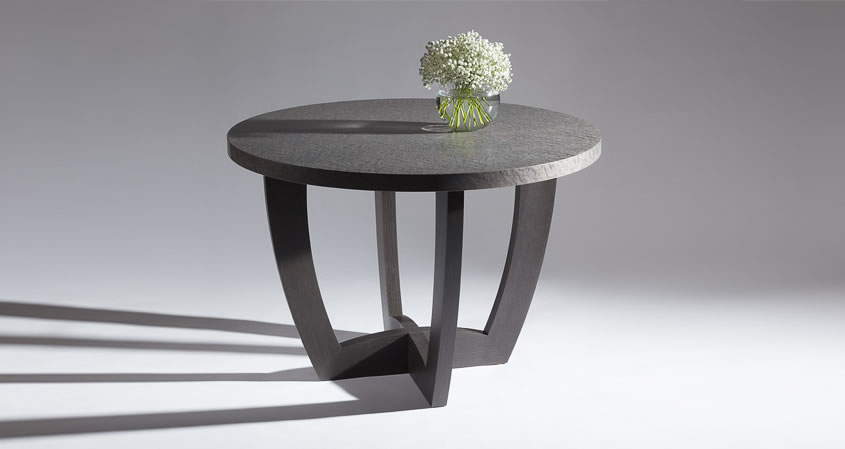 Superbe Round Hall Table